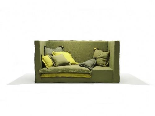 jan sofa.jpg