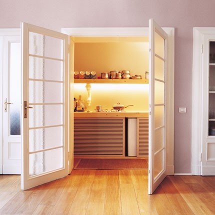 Arredare la cucina idee per un piccoli spazi design and for Piccoli spazi